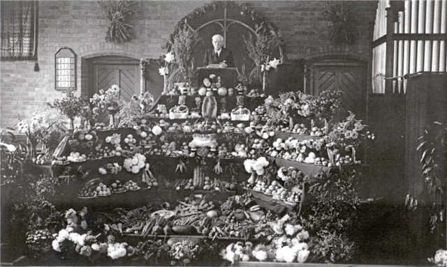 Harvest Festival & Rev King C1930s